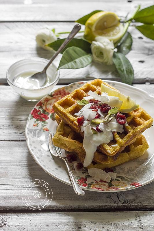 waffle integrali al cocco e limone