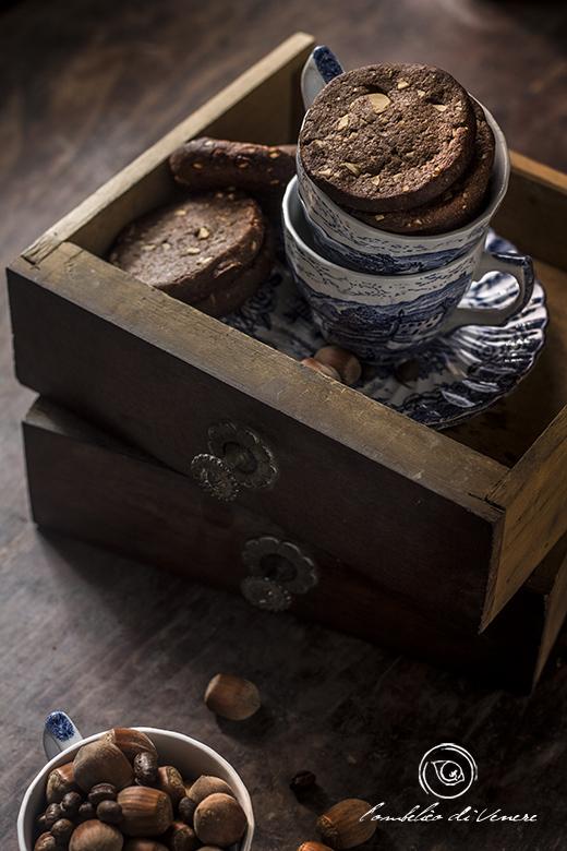 biscotti-al-cioccolato-fondente-caffe-e-nocciole3