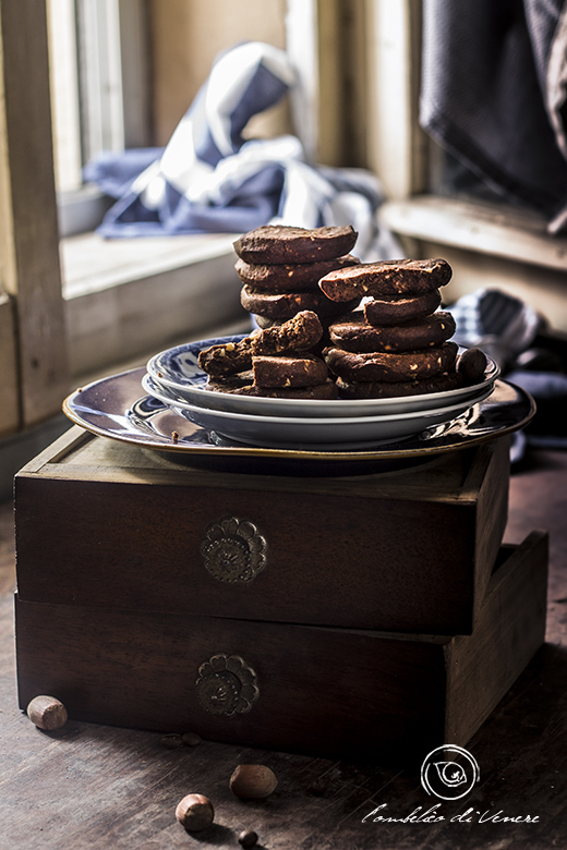 biscotti-al-cioccolato-fondente-caffe-e-nocciole4