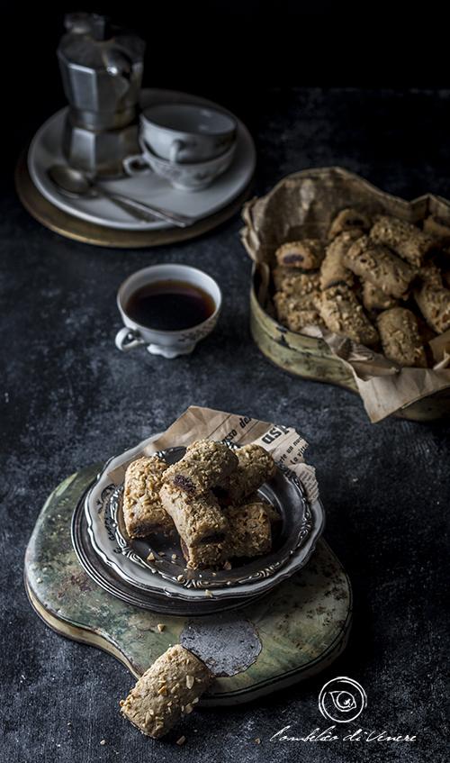 biscotti-alla-nocciola-dal-cuore-fondente2