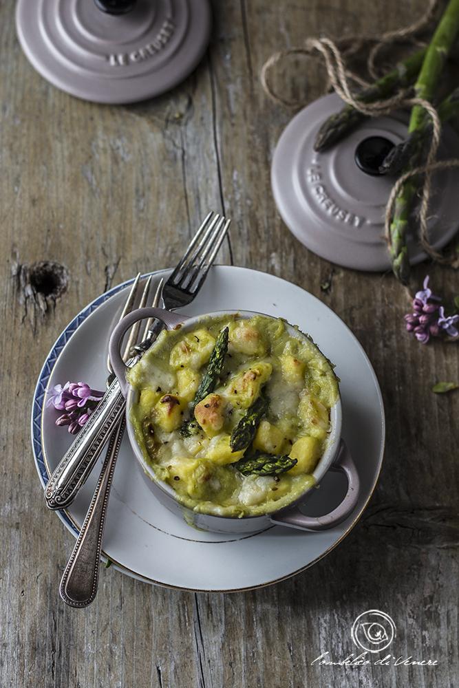 gnocchi alla parigina gratinati con formaggi e asparagi