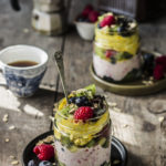 Porridge allo yogurt lampone e zafferano
